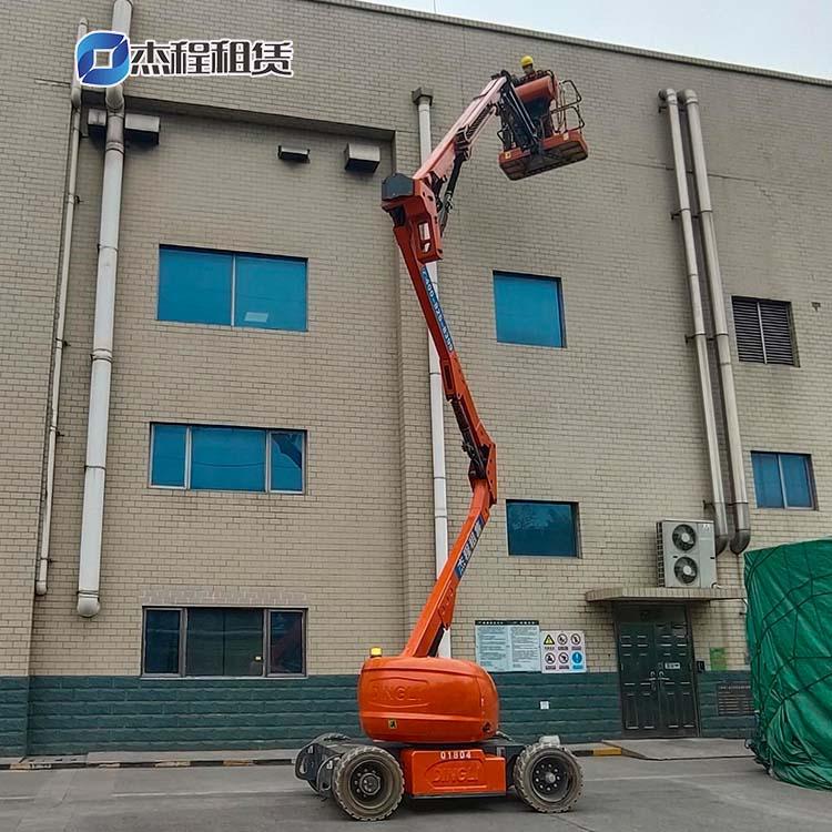 电动曲臂车出租应用于厂房建设工程